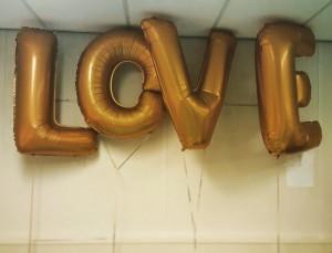 LOVE folie ballonnen