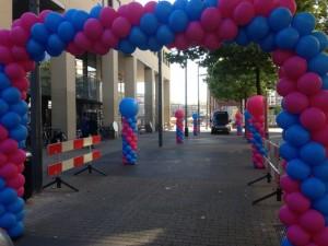 Ballonnenboog blauw/roze